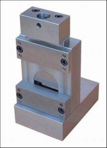 Fixture for In-Plane and Glue Line Shear Testing of Wood Products
